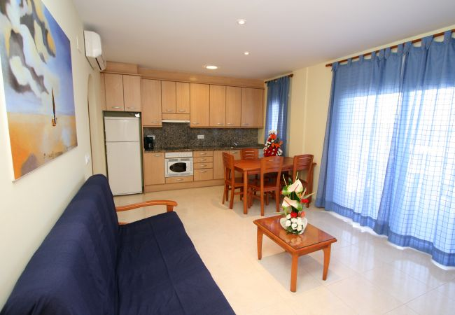 Apartamento en Rosas / Roses - 243 Daniel3B InmoSantos Location Appartement Roses