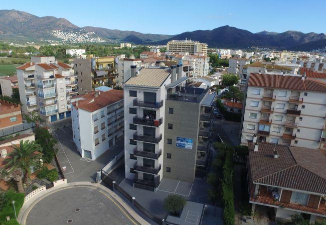 Apartamento en Rosas / Roses - 302 Nuria B2 InmoSantos Location Appartement Roses