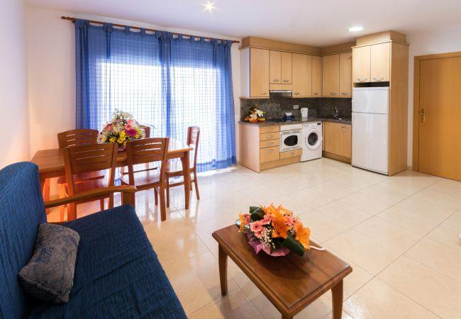Apartment in Rosas / Roses - 231 Daniel1C InmoSantos Location Appartement Roses