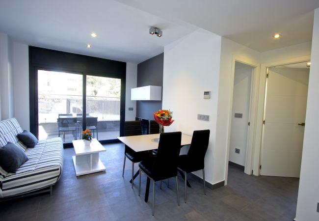 Apartment in Rosas / Roses - 301 Nuria B1 InmoSantos Location Appartement Roses